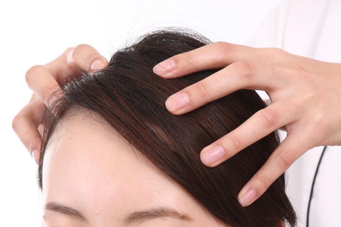 頭皮のオイルマッサージの方法