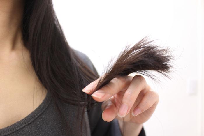 もう枝毛は作らない!枝毛対策にはシャンプーの見直しから始めよう!